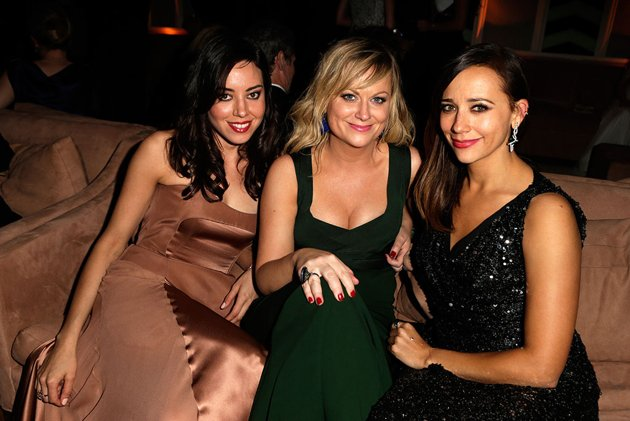 Are amy poehler and aubrey plaza really dating Amy poehler dating aubrey plaza - Aurora Beach Hotel in Corfu
