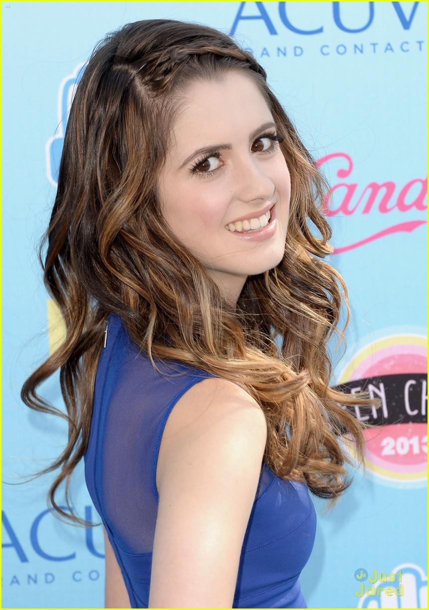 laura-marano-teen-choice-awards-2013-01.jpg