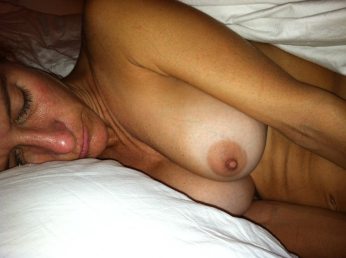 Teen girls in the nude movies
