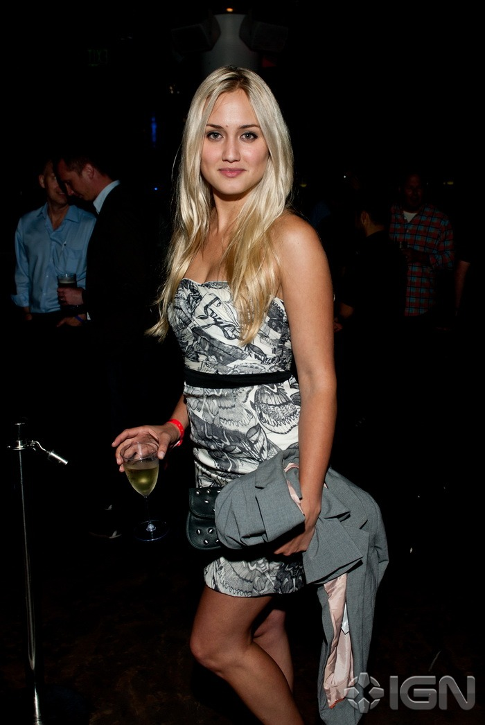 comic-con-ign-party-highlights-20110722015914661.jpg