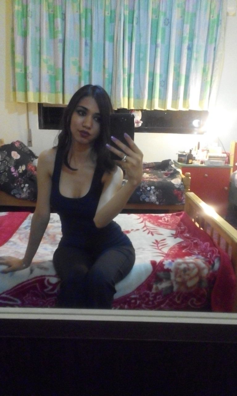 my sister amazing arab fuckdoll need a cock in here face : request