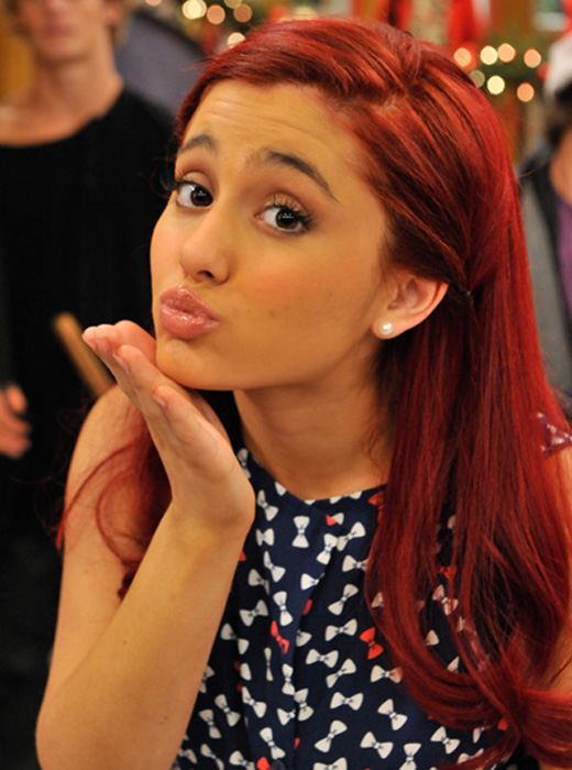 ariana-grande-holiday-interview.jpg