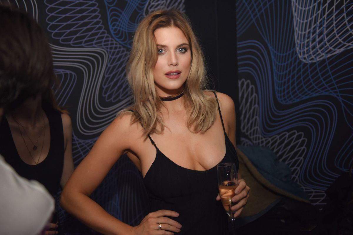 ashley-james-at-paper-nightclub-in-london-02-03-2017_6.jpg