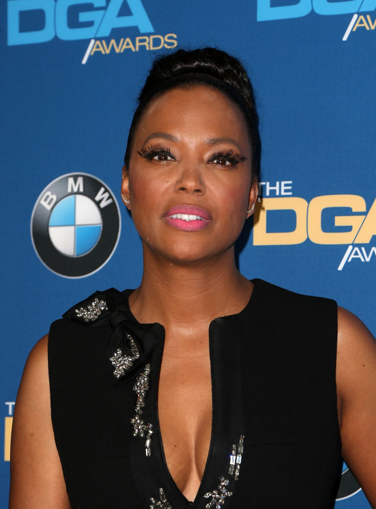 aisha-tyler-at-69th-annual-directors-guild-of-america-awards-in-beverly-hills-02-04-2017_6.jpg