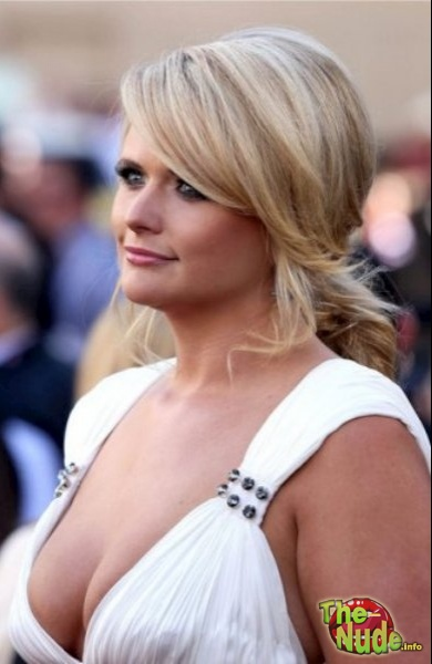 Miranda Lambert Best Celeb Big Tits At Cmas Kib Viewed