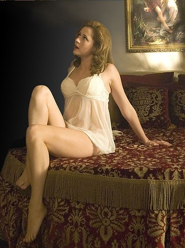 jenna-fischer-in-lace-and-mesh-chemise-photo-u1.jpg